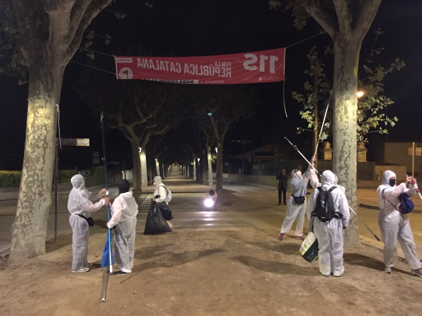 Unionist activists at work in Canet de Mar 4